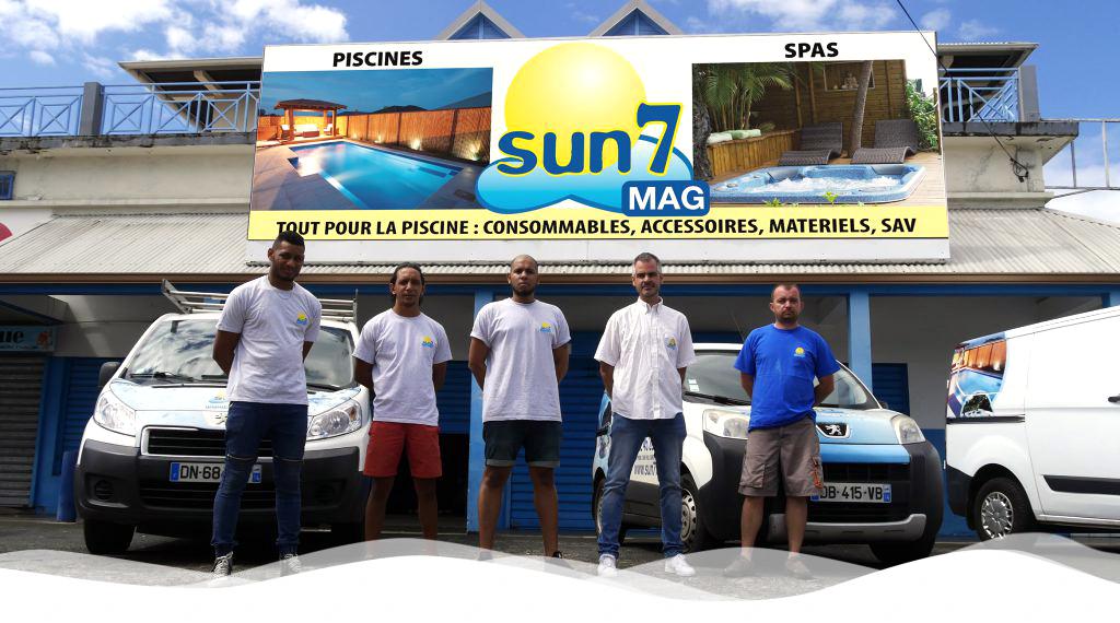 L'équipe du showrom de Sainte-Suzanne